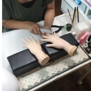 【名古屋市名東区ネイルスクール】ジェル検定上級対策コースの生徒さん☆ジェルとチップで長さ出し