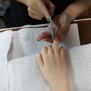 【名古屋市名東区ネイルスクール】ネイリスト検定1級対策コース☆ナチュラルスカルプの作り方レッスン
