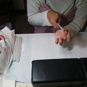 【名古屋市名東区ネイルスクール】全6回完結☆趣味でセルフジェルネイルの技術を修得するコース