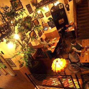 マインツ⑨ 木組みの家・キルシュガルテンの連なる美しい夜景を見ながらホテルへ。