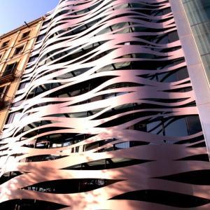 バルセロナ建築巡礼④ カサアマトリエールなど三大建築家の作品鑑賞後、ランブラス通りへ