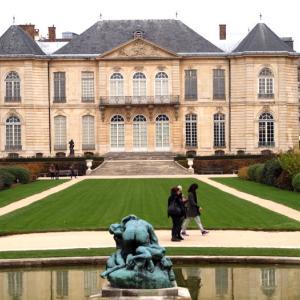階段紀行・フランス パリ編④ ロダン美術館の作品群に囲まれた鉄の階段