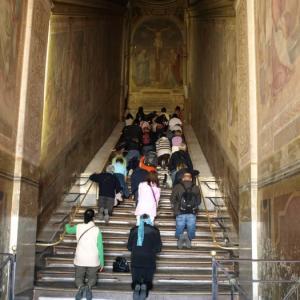 階段紀行・イタリア ローマ編④ キリストが十字架に架けられた日、最後に踏みしめた階段がローマにあった!