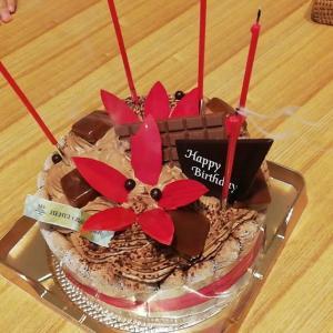 経験460:アンリシャルパンティエ「ザッ チョコケーキ」レビュー!塩味効いたガッツリチョコ!美味しい!!