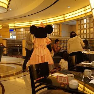 経験471:大阪から2泊3日の旅!「ディズニーリゾートレビュー」⑦大興奮!朝食のテーブルにミッキーが来てくれる!「シェフミッキー」レビュー!