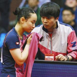 伊藤美誠(12)「あんた私のコーチになって。仕事やめて。」 コーチ(29)「…はい」