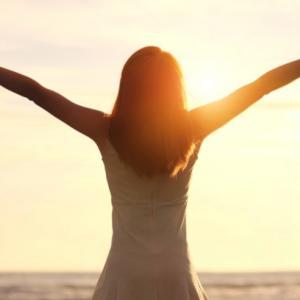 「痩せて稼いで愛される♡私になる方法」カラダも人生も思い通りにする【宇宙思考】のススメ