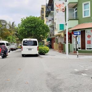 コロナウィルス対策 モルディブ首都島近辺 外出禁止令の雰囲気