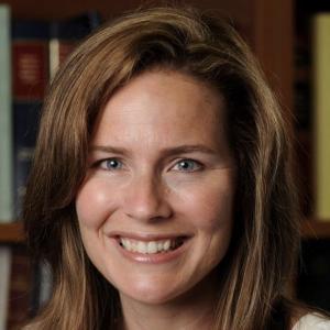 トランプ大統領、保守派女性のバレット氏を最高裁判事に指名