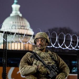 米首都厳戒、要塞化 就任式控え州兵2万5千人