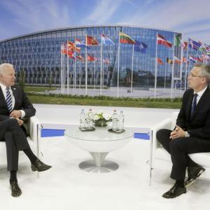 NATO首脳会議「中国は体制上の挑戦」と非難