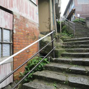 """長崎市十人町の石段/階段は """"日本一の坂の町""""の象徴"""