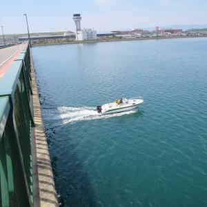長崎空港箕島大橋を徒歩で渡る。長崎空港マリンターミナルの出航シーンも。