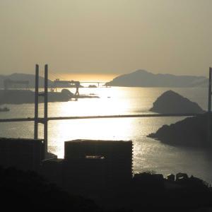 鍋冠山公園展望台から夕景 - 夕暮れの長崎の港と長崎の街が宝石のように美しい!