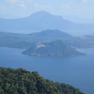タール湖とタール火山。世界一低い活火山をフィリピン・タガイタイで見物