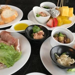 食べ放題!朝〜晩まで沖縄ハーバービューのラウンジで過ごす一日
