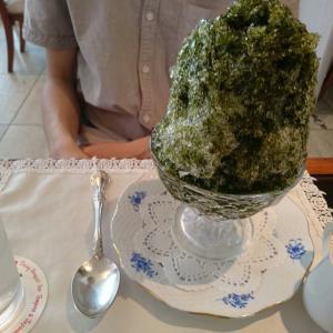 山の上ホテルでお茶