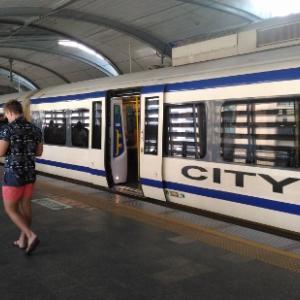 スワンナプーム空港から『パヤタイ駅』へシティーラインで行く【バンコク】