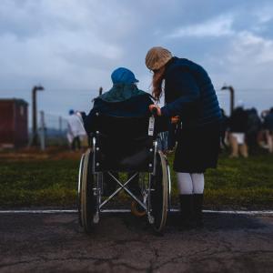 障害者向けグループホームの投資利回りとは?【将来性と5つの課題】