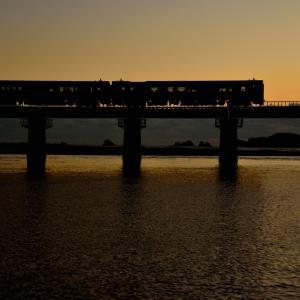 日南線の海岸を見る細田川橋梁を行くキハ40(大堂津~南郷)