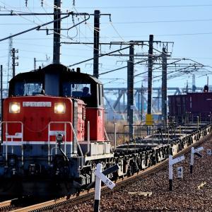 関西本線で最後の活躍をするDD51牽引のコンテナ貨物(八田l~春田)