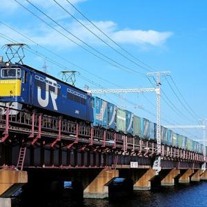 東海道本線の神崎川橋梁を行く懐かしのJR貨物試験塗装機のEF65-1059号機他(塚本信~尼崎)
