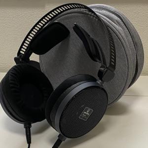 【ATH-R70x レビュー】オープン型ならではの自然で忠実な音を出すモニターヘッドホン・テレワークでも最強