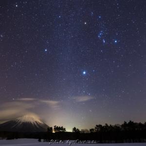 大山と冬の大三角