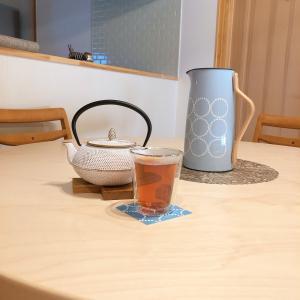 あったかいお茶を気軽に飲めるステルトンの魔法瓶ポット Emma(エマ)ジャグ