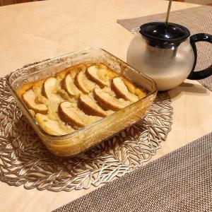 コーヒー風味でノンカフェインなイタリアの麦茶「オルヅォ」とりんごのコブラーを作る