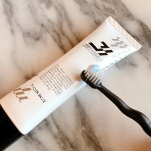 ホワイトニングケア歯磨き粉だけでツルツル  ブレスマイルクリア