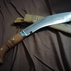ebayで購入したククリナイフが届く