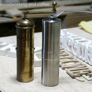 アウトドアでコーヒーを楽しむ・・・コーヒーミル&カップ編