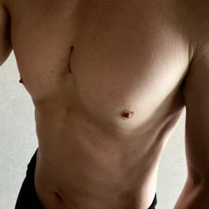 腹筋ローラーを1か月使った結果。
