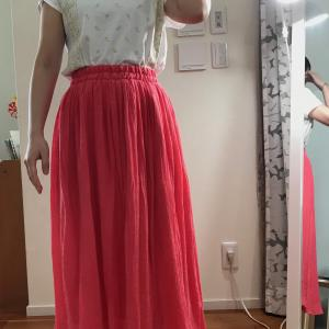 ギャザーたっぷりスカートが似合うのは?