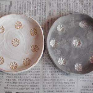 銘々皿を白化粧