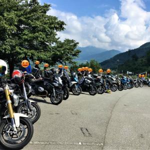 タンデム→8月のMotorradさん早朝ツーリング、山梨方面へ。フルーツラインとライダー軍団!
