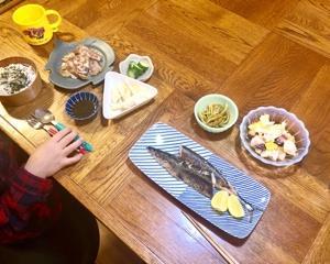 今年初の焼き秋刀魚