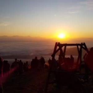 雲海と日の出・・・南アルプスから昇る風景