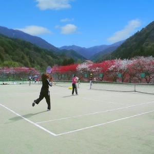 テニスして散歩して心と体をリフレッシュ