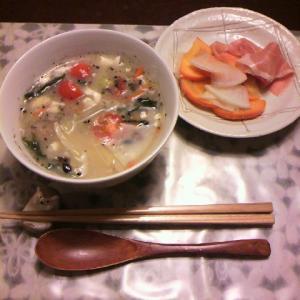 10/25 参鶏湯風スープ&柿と大根のマリネ