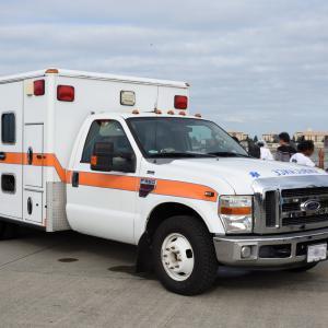 横田基地の救急車