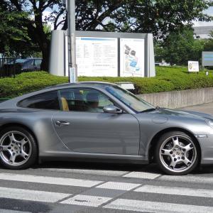 駒沢通りのポルシェ 911