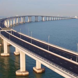香港・マカオへほぼ無料旅行! /  Vol.6 世界最長の海上橋「港珠澳大橋(こうじゅおうおおはし)」をバスで通ってみた