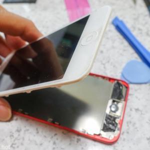 【ガジェット】今回で最後?再びiPod Touch 第6世代のバッテリー交換を自分でやってみた。