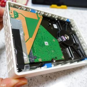 【ガジェット】突然死してしまった、、、Segate 外付けHDDの分解方法〜ご臨終の外付けHDDのケースを再利用してみた〜