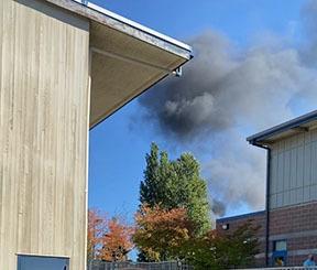 え?火事でエバキュエイト避難?中学校放課後の混乱