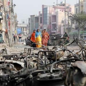 53人が死亡。デリー北東部暴動(2月23日)