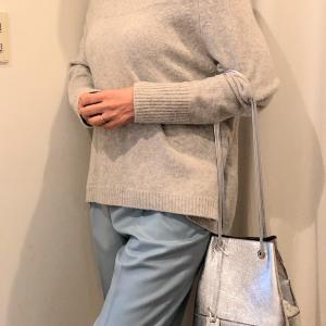 50代 パンツの選び方 キレイ色パンツのコーデ