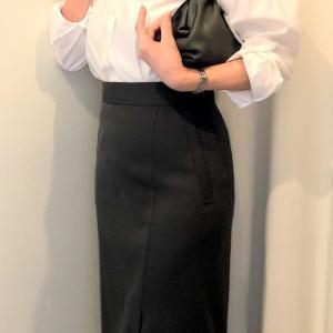 トゥモローランドのタイトスカートのコーデ